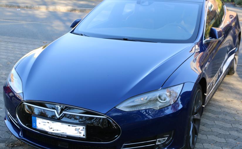 Bild eines Tesla Model S (2015)